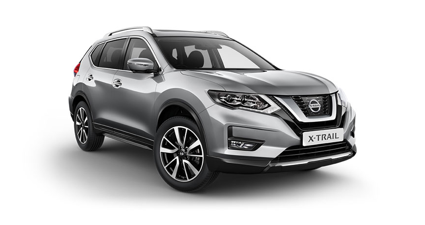 Nissan X-Trail in silver.
